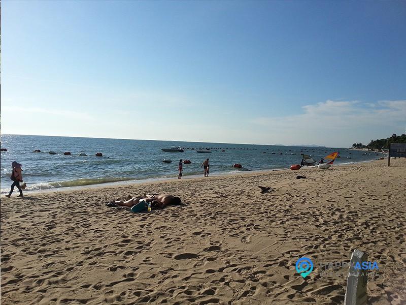 Пляж Вангамат