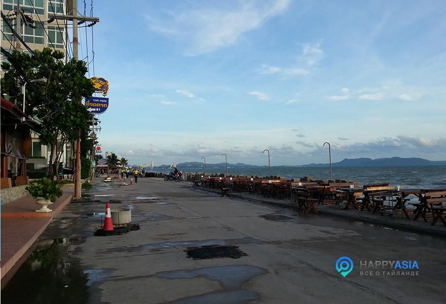 Ресторан-у-моря-Таиланд