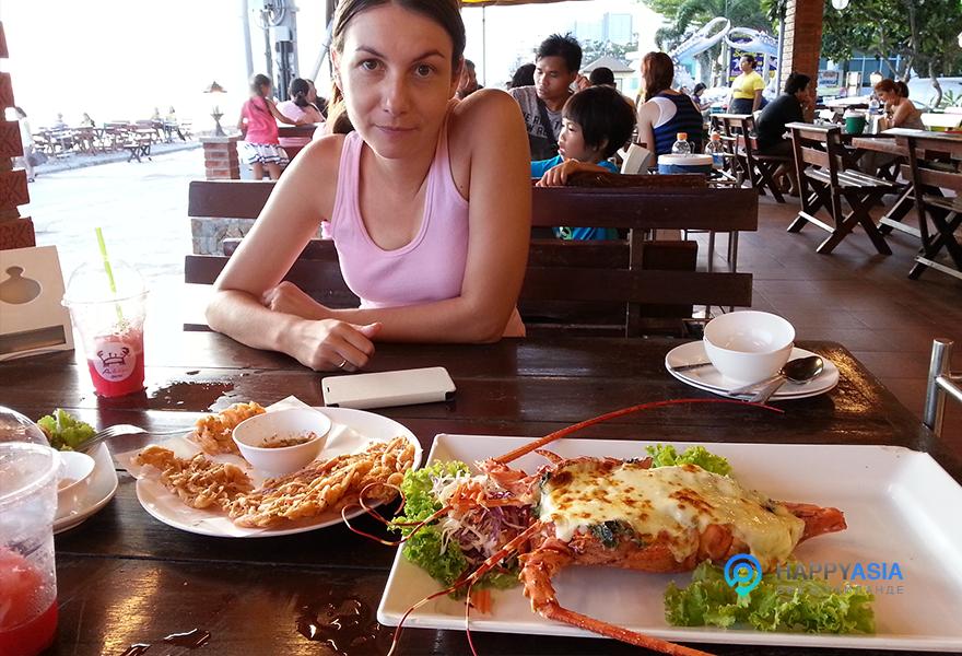 Рыбный-ресторан-в-Таиланде