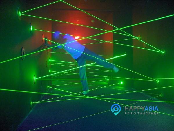 Лазерный лабиринт