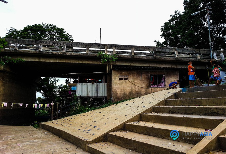 jizn_pod_mostom
