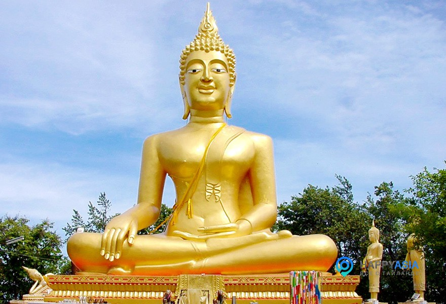 Золотой Будда в Паттайе (Пратамнак Хил)