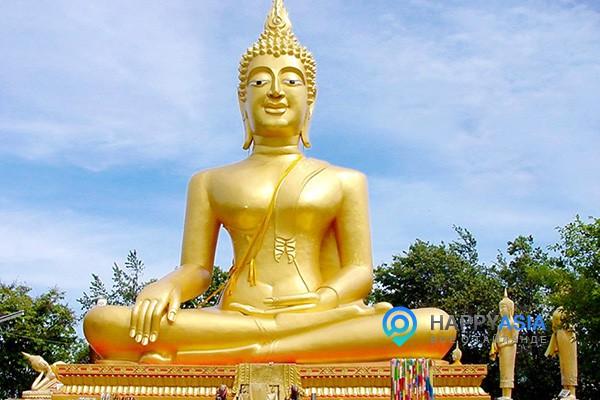 Золотой Будда в Паттайе (Пратамнак Хилл)