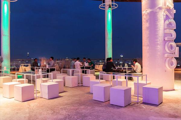 Небоскреб Cloud47 — недорогой ресторан на небоскребе в Бангкоке