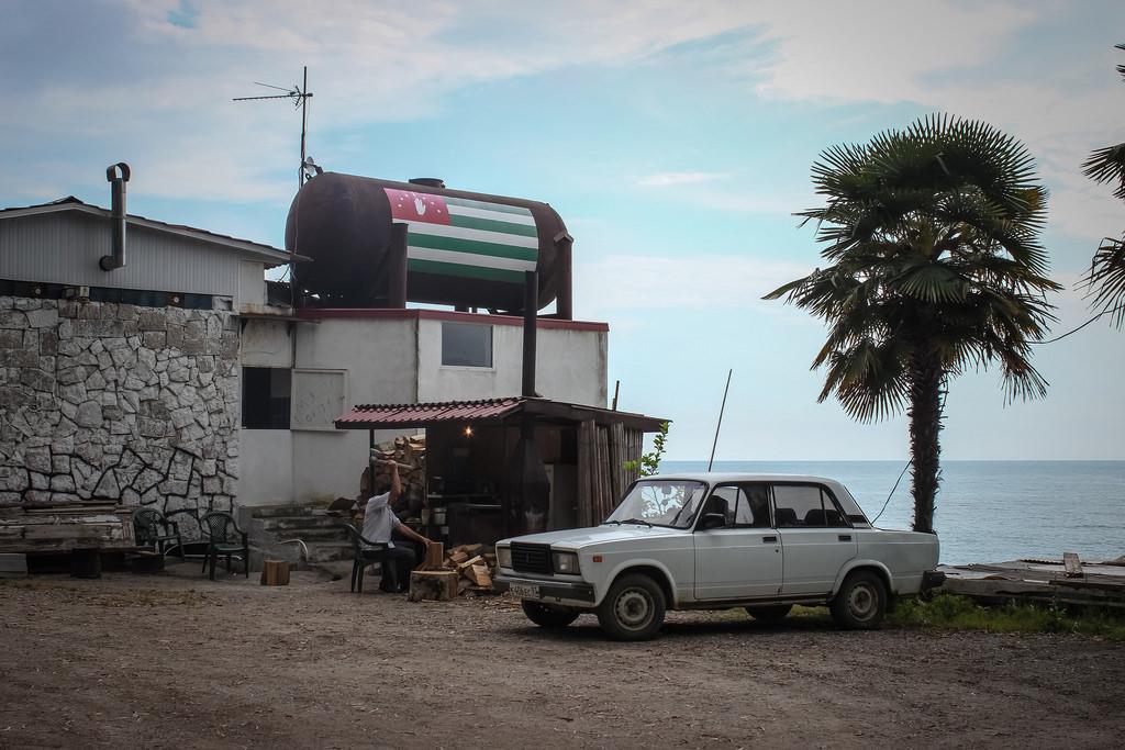 Куда поехать отдохнуть: Абхазия