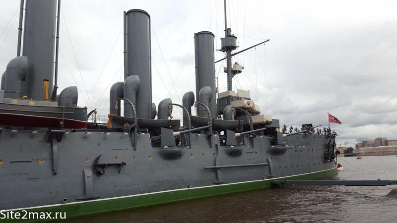 Крейсер Аврора в Санкт-Петербурге