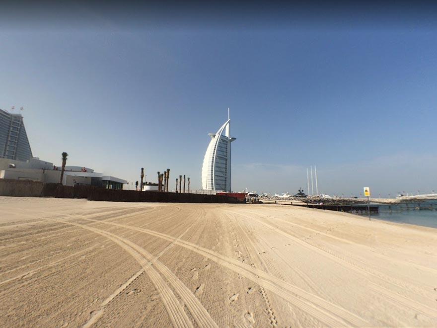 Вид с бесплатного пляжа Jumeirah Public Beach
