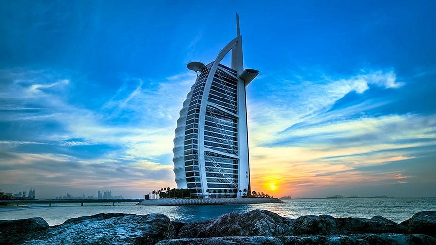 Отель Парус в Дубае: где находится, как попасть на крышу, откуда фотографировать