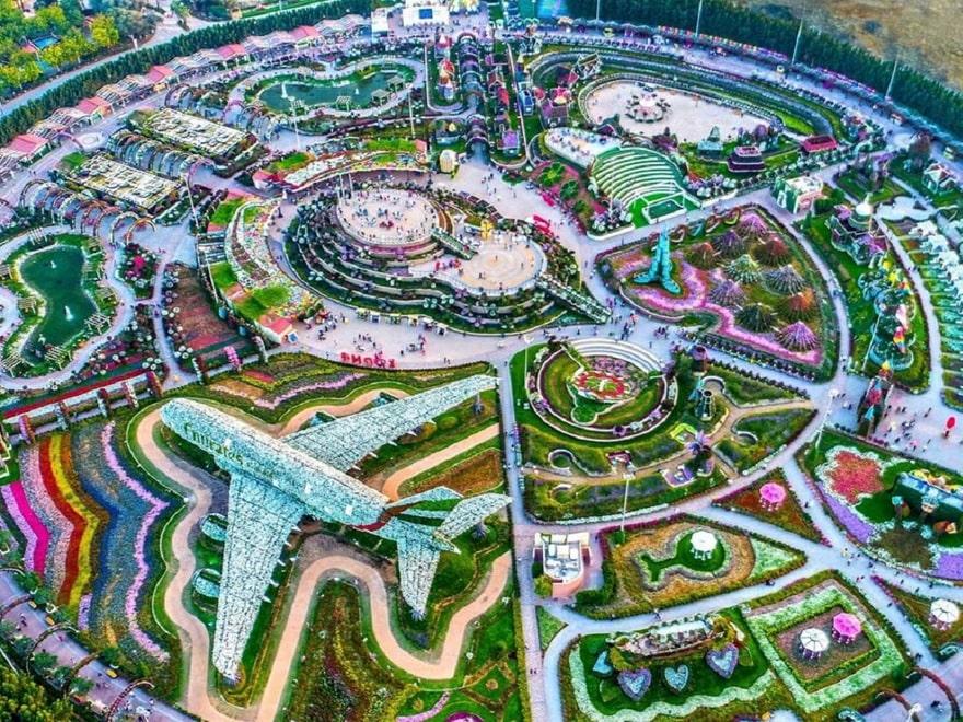 Парк цветов в Дубае (Dubai Miracle Garden)