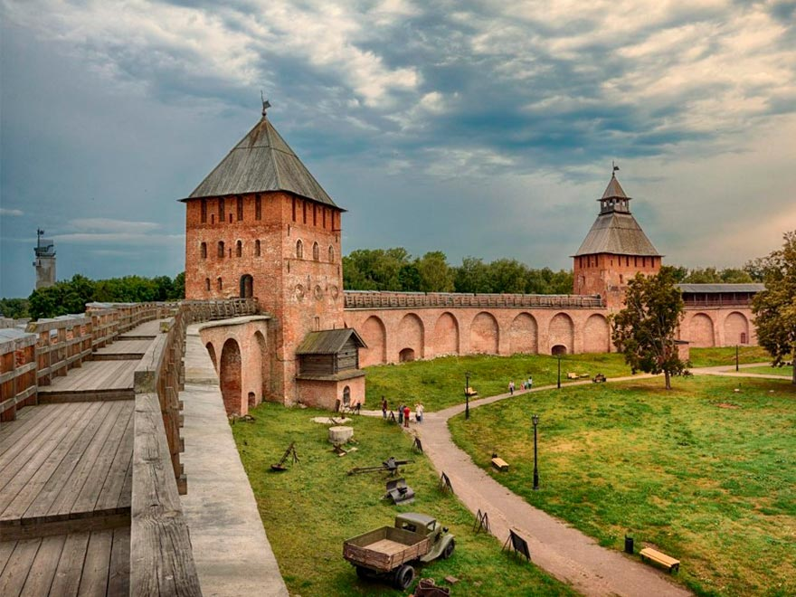 Кремль в Великом Новгороде: что посмотреть, карта с достопримечательностями
