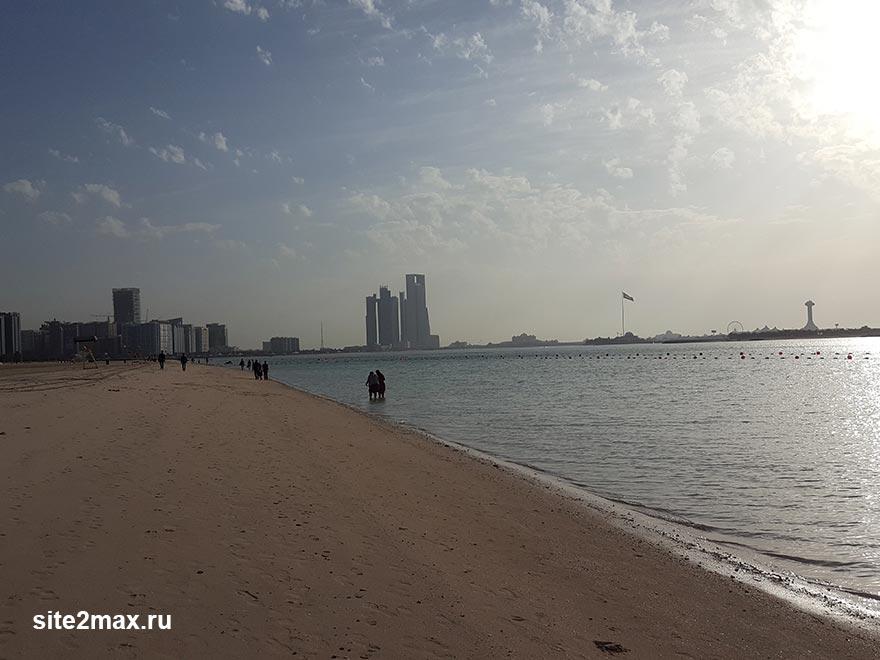 Фото: погода в Дубае в марте, можно ли купаться