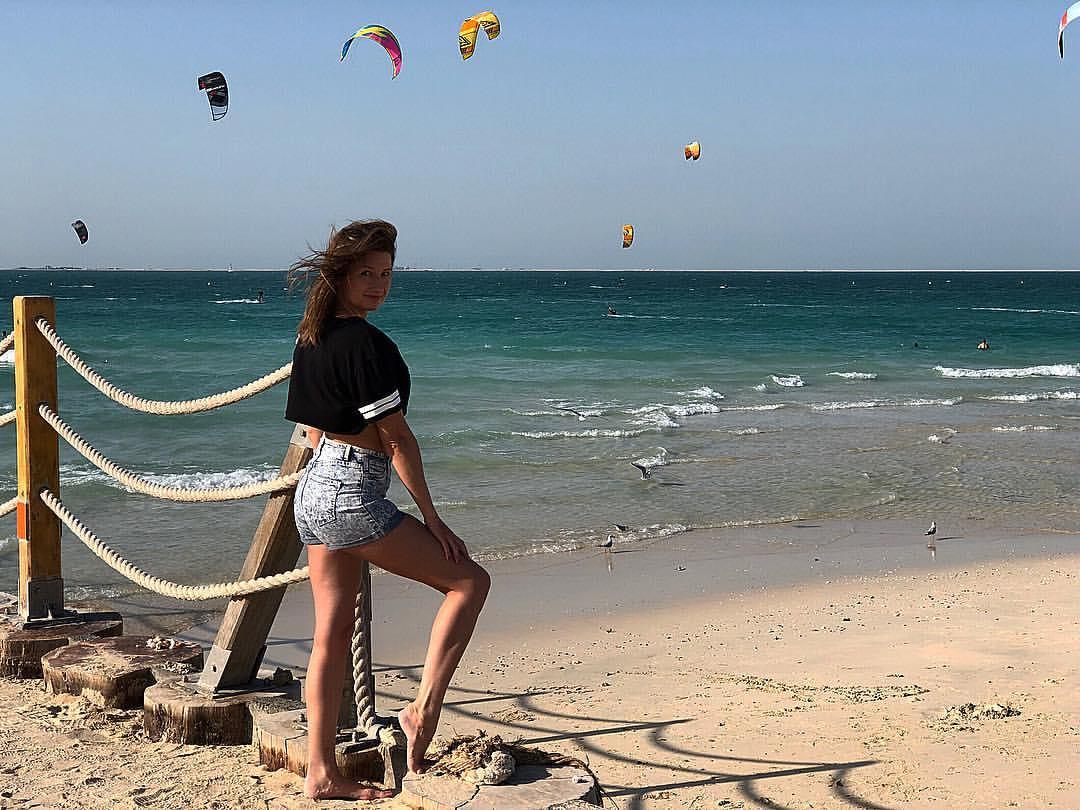 Погода в Дубае в первой половине декабря: солнечно, на ветру катаются кайты