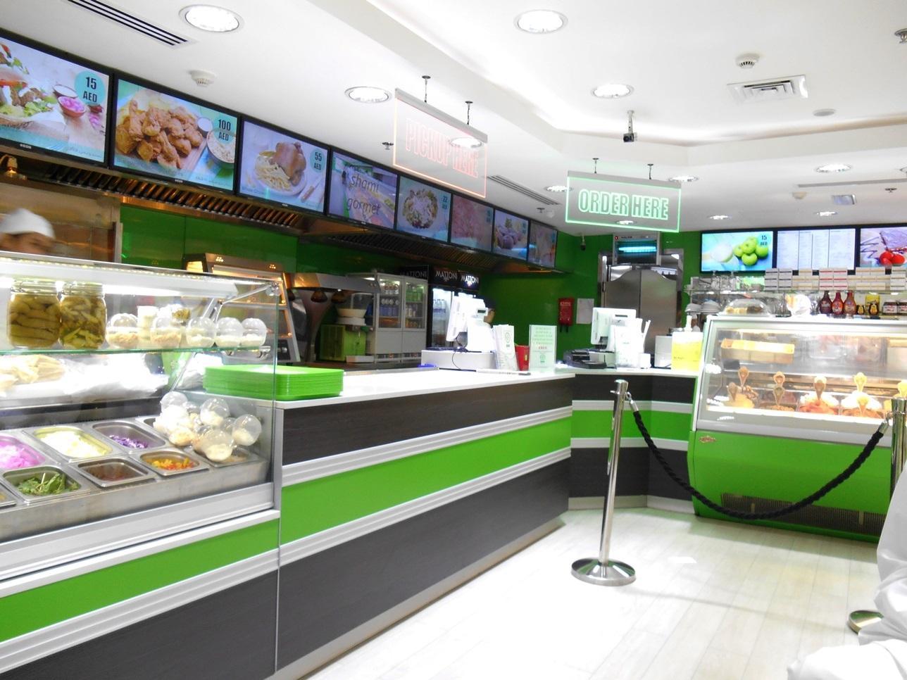 Недорогой ресторан в районе Марина в Дубае